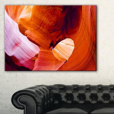 Designart Antelope Canyon Usa Landscape Photo Canvas Art Print - 3 Panels