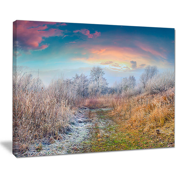 Designart Blue Sky In Autumn Morning Landscape Photo Canvas Art Print