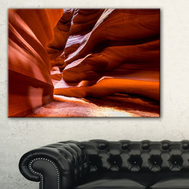 Designart Breathtaking Antelope Canyon Landscape Photo Canvas Art Print