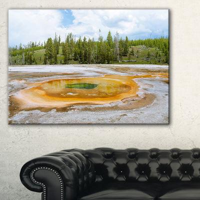 Designart Chromatic Morning Glory Pool LandscapePhotography Canvas Print