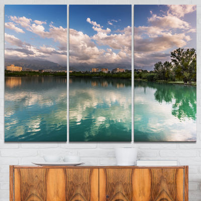 Designart City Lake With Cloud Reflection Cityscape Photo Canvas Print - 3 Panels