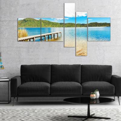 Designart Lake In New Zealand Panorama MultipanelLandscape Photography Canvas Print - 5 Panels