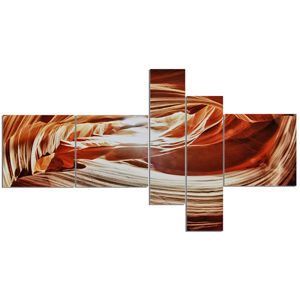 Designart Antelope Canyon Arch Multipanel Landscape Photo Canvas Art Print - 5 Panels