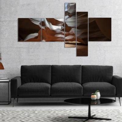 Designart Antelope Canyon Dark Inside MultipanelLandscape Photo Canvas Art Print - 5 Panels