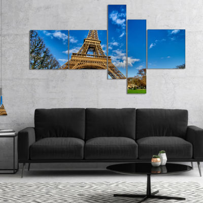 Designart Beautiful Winter Day In Paris MultipanelExtra Large Canvas Art Print - 5 Panels