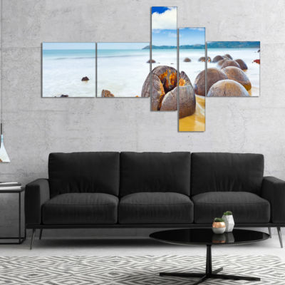 Designart Midday Moeraki Boulders Multipanel Seashore Photo Canvas Art Print - 5 Panels
