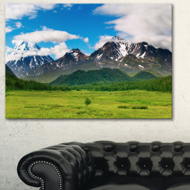 Designart Snowy Volcanoes Landscape Photography Canvas Print
