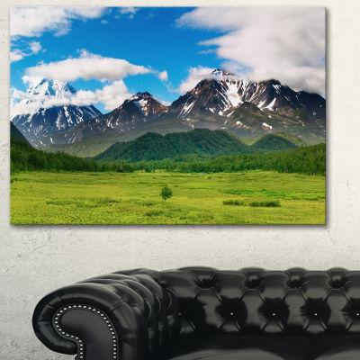 Designart Snowy Volcanoes Landscape Photography Canvas Print - 3 Panels