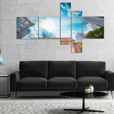 Designart New York Public Library Multipanel LargeCityscape Canvas Art Print - 4 Panels