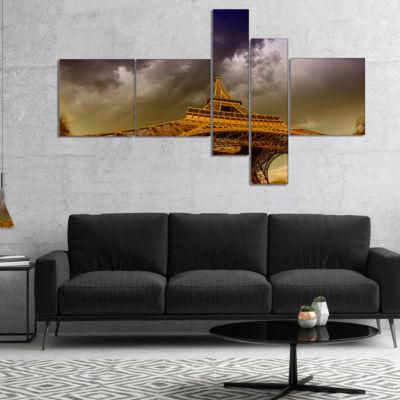 Designart Paris Eiffel Towerand Gorgeous Sky Multipanel Photography Canvas Art Print - 4 Panels