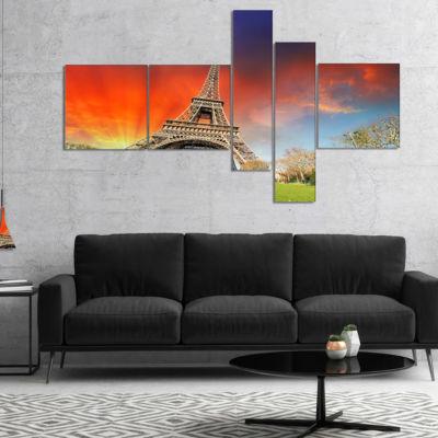 Designart Paris Eiffel Towerunder Colorful Sky Multipanel Landscape Photo Canvas Art Print - 5 Panels