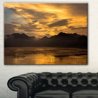 Designart Sunrise In Xiapu County Landscape Photography Canvas Print - 3 Panels