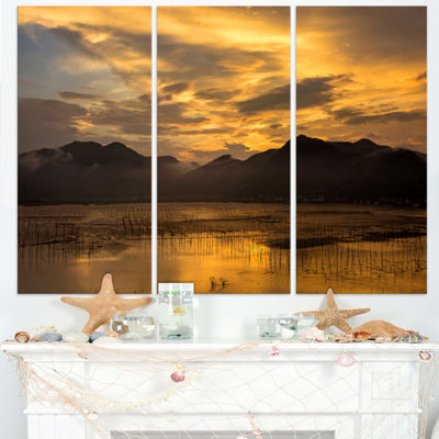 Designart Sunrise In Xiapu County Landscape Photography Canvas Print - 3 Panels