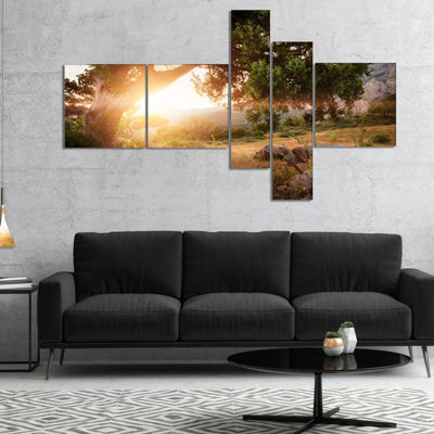 Designart Picturesque Foros Mountains MultipanelAbstract Art On Canvas - 4 Panels