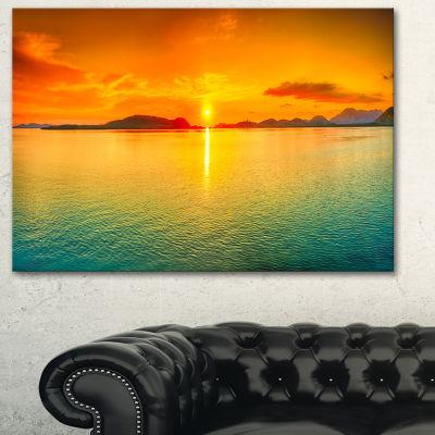 Designart Sunset Panorama Photography Canvas Art Print - 3 Panels