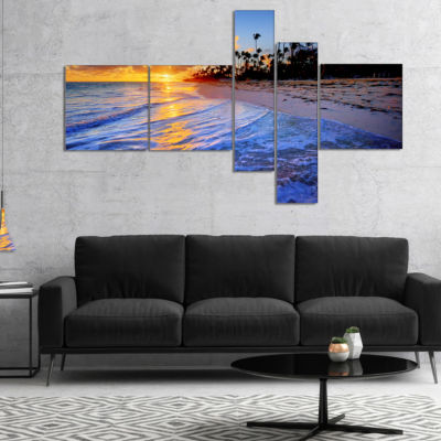 Designart Blue Waves Along The Shore Multipanel Seashore Canvas Art Print - 5 Panels