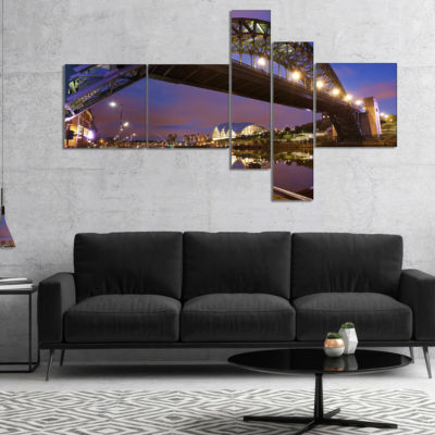 Designart Bridges Over River Tyne Newcastle Multipanel Cityscape Canvas Art Print - 4 Panels