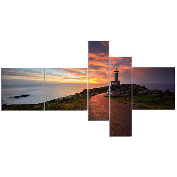 Designart Punta Nariga Lighthouse Spain MultipanelSeashore Photo Canvas Art Print - 5 Panels