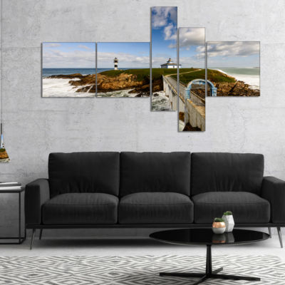 Designart Bright Illa Pancha Lighthouse MultipanelSeashore Photo Canvas Print - 4 Panels