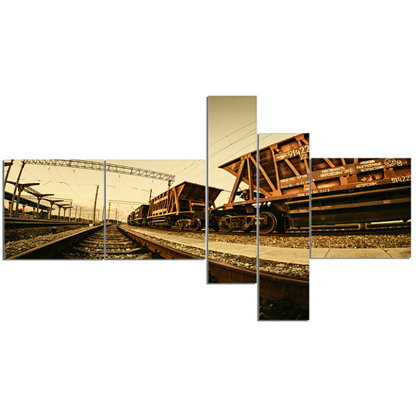 Designart Railway Tracks In Ukraine Multipanel Landscape Photo Canvas Art Print - 5 Panels