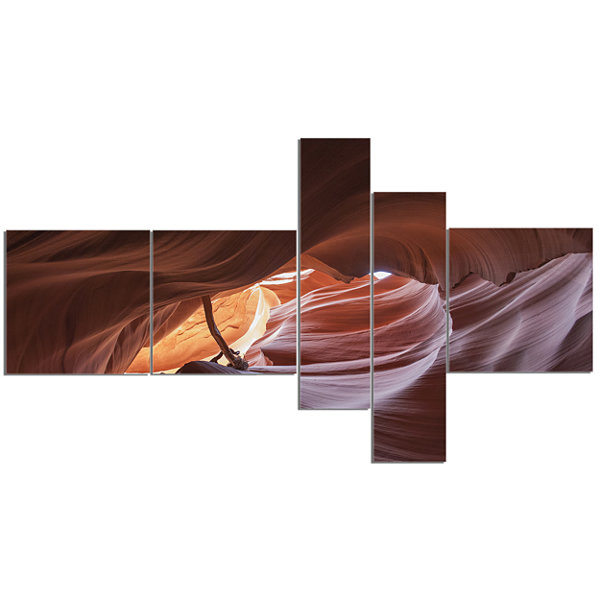 Designart Cave In Antelope Canyon Multipanel Landscape Photo Canvas Art Print - 5 Panels