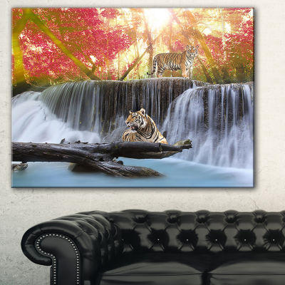 Designart Tiger In The Jungle Photography Canvas Art Print - 3 Panels