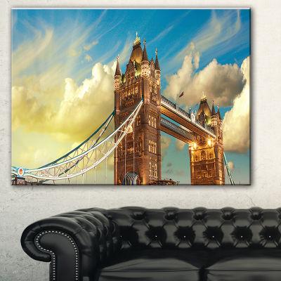 Designart Tower Bridge London At Sunset CityscapePhoto Canvas Print