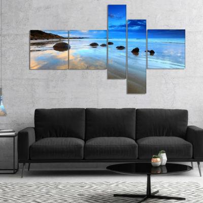 Designart Cloudy Sky Over Moeraki Boulders Multipanel Seashore Photo Canvas Art Print - 5 Panels