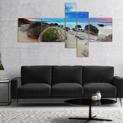 Designart Cloudy Sunrise Over Moeraki Boulders Multipanel Seashore Photo Canvas Print - 4 Panels
