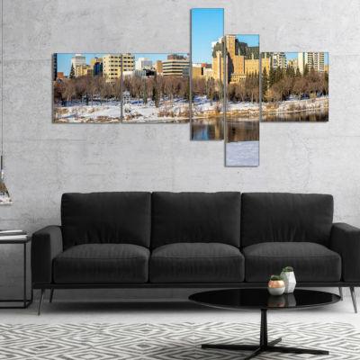 Designart Saskatoon Skyline Multipanel Landscape Photo Canvas Art Print - 5 Panels