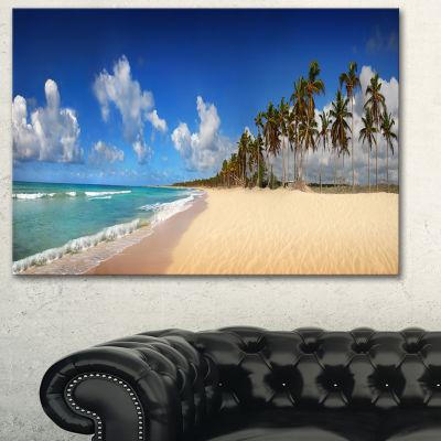 Designart Tropical Exotic Beach Landscape Photography Canvas Art Print - 3 Panels