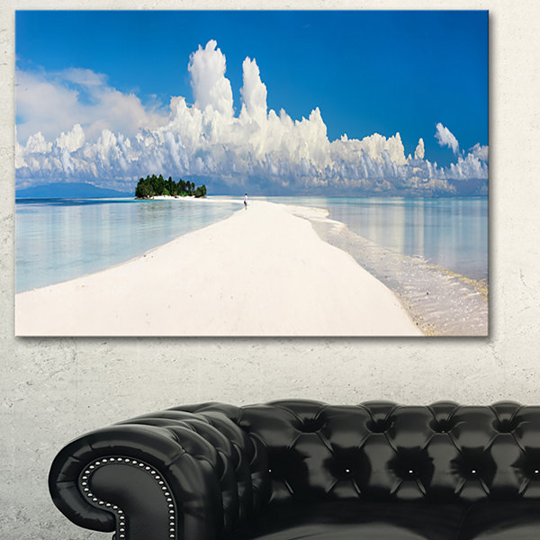 Designart Tropical Island Panorama Landscape Photography Canvas Print - 3 Panels