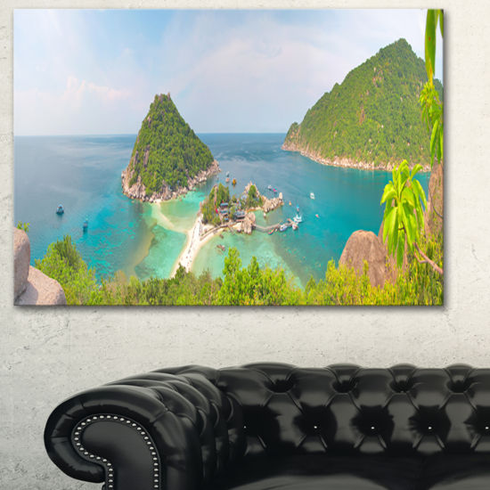 Designart Tropical Island Panorama Large LanscapePhotography Canvas Print