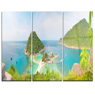 Designart Tropical Island Panorama Large LanscapePhotography Canvas Print - 3 Panels