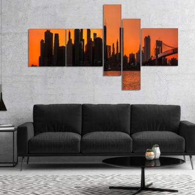 Designart Silhouettes Of Manhattan Panorama Multipanel Extra Large Canvas Art Print - 5 Panels