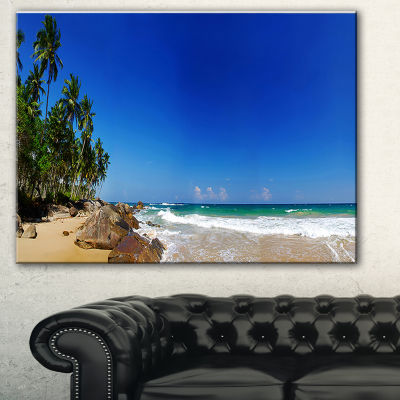 Designart Tropical Paradise Landscape PhotographyCanvas Print