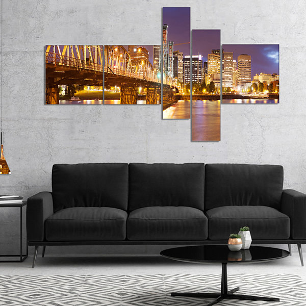 Designart Skyline Of Portland Panorama MultipanelCityscape Canvas Art Print - 5 Panels