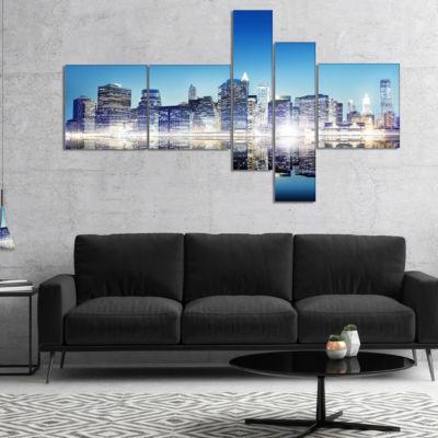 Designart Skyscraper On New York City Multipanel Cityscape Canvas Art Print - 5 Panels