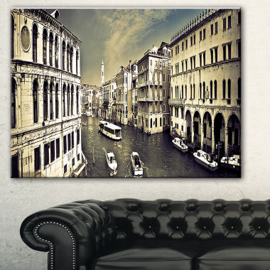 Designart Venice Cityscape Photography Canvas ArtPrint