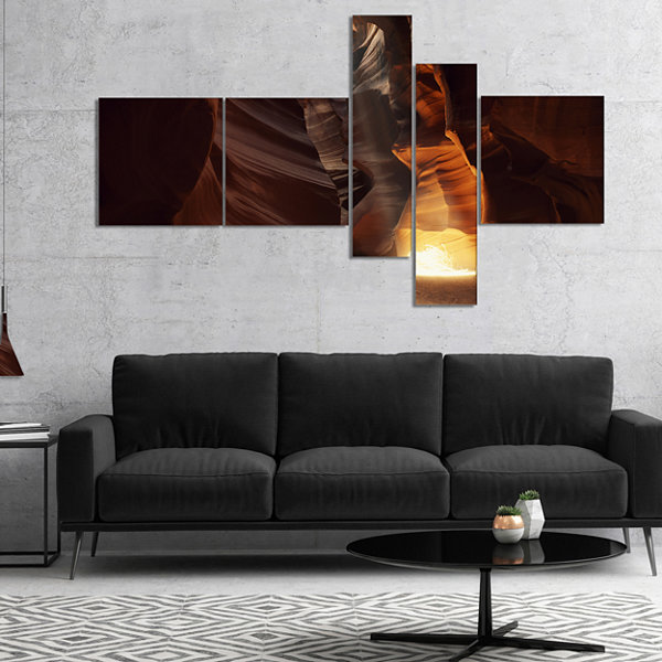 Designart Sunbeam In Antelope Canyon Multipanel Landscape Photography Canvas Print - 5 Panels
