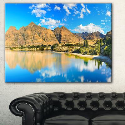 Designart Wanaka Lake Landscape Photography CanvasArt Print