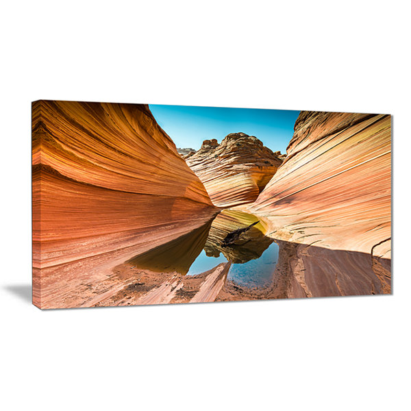 Designart Water Inside Arizona Wave Landscape Photography Canvas Print