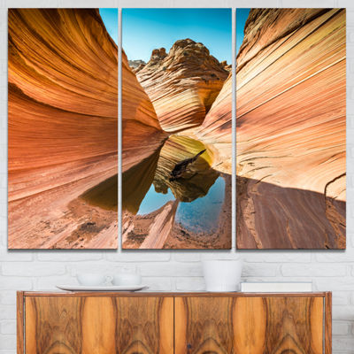 Designart Water Inside Arizona Wave Landscape Photography Canvas Print - 3 Panels