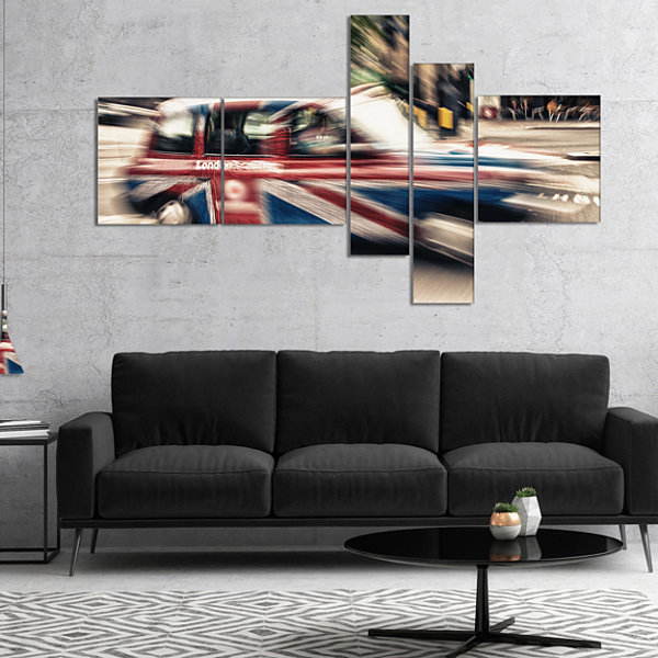 Designart Uk Cab In London Multipanel Cityscape Photography Canvas Art Print - 4 Panels