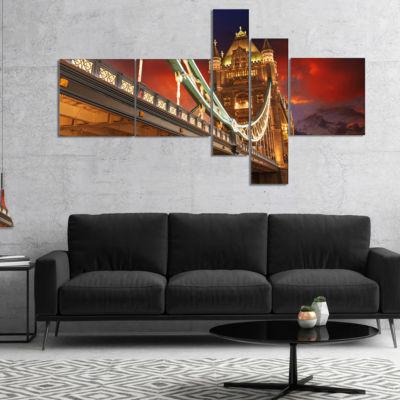 Designart Famous Tower Bridge At Night MultipanelModern Cityscape Canvas Art Print - 4 Panels