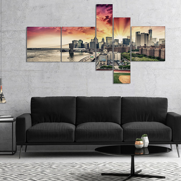 Designart Fdr Drive And Manhattan Skyline Multipanel Cityscape Photo Canvas Print - 5 Panels