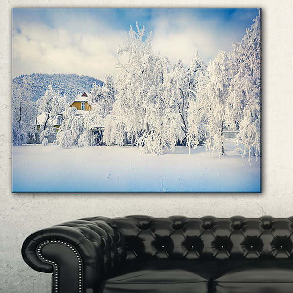 Designart White Winter Mountain Landscape Photography Canvas Art Print - 3 Panels
