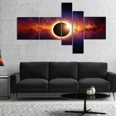 Designart Full Eclipse View Multipanel SpacescapeCanvas Art Print - 5 Panels