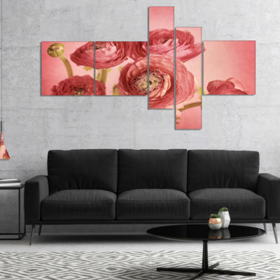 Designart Bunch Of Ranunculus Flowers On Pink Multipanel Floral Canvas Art Print - 5 Panels
