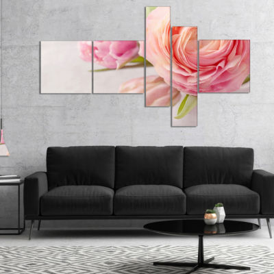 Designart Full Bloom And Blooming Flowers Multipanel Floral Canvas Art Print - 5 Panels